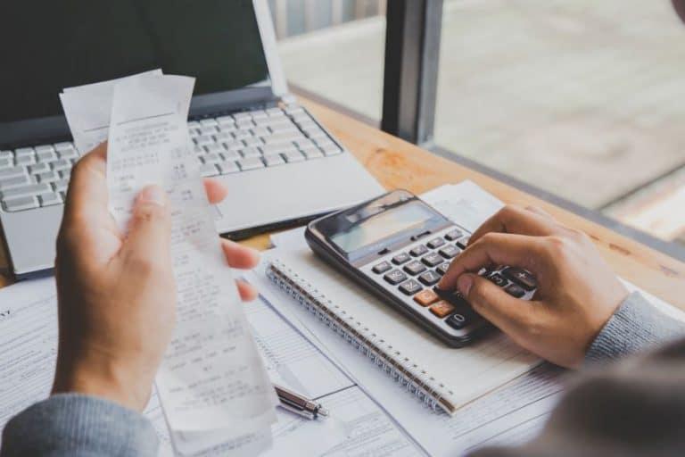 Hacer previsiones financieras por su futuro negocio