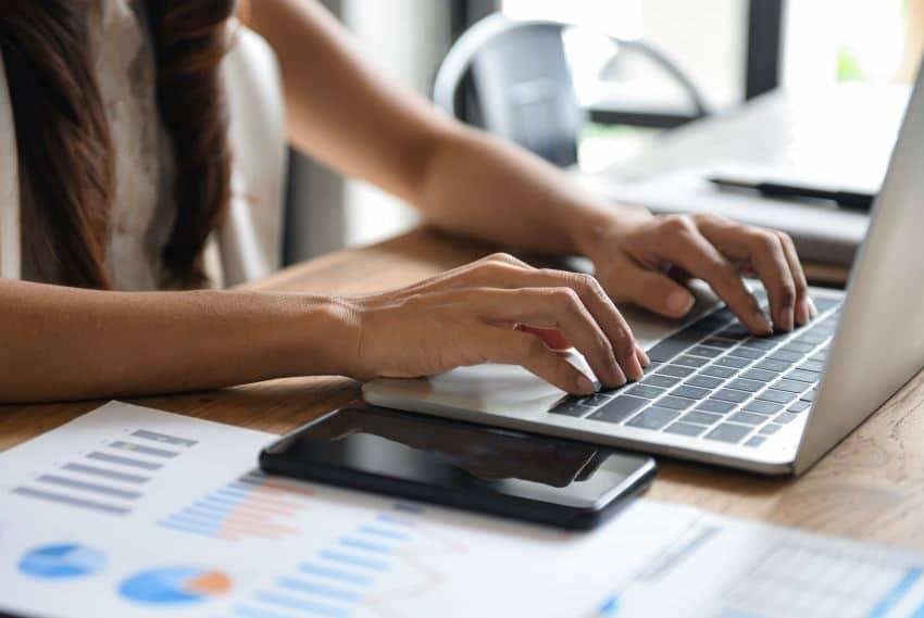 Las necesidades bancarias de un negocio en línea