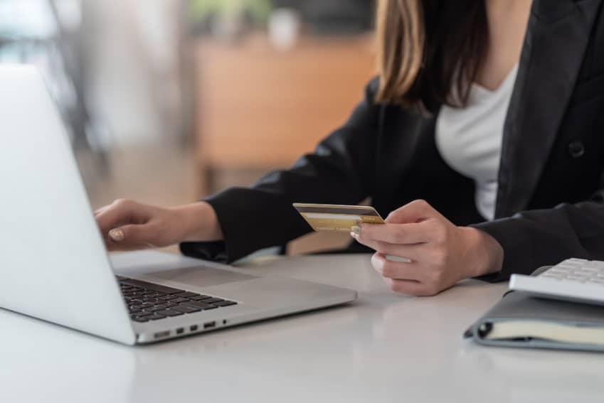 Pagos bancarios y cuentas de neobancos online